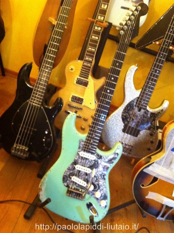 chitarra-elettrica-8
